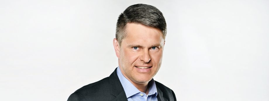 Marek Singer - Generální ředitel / Chief Executive Officer